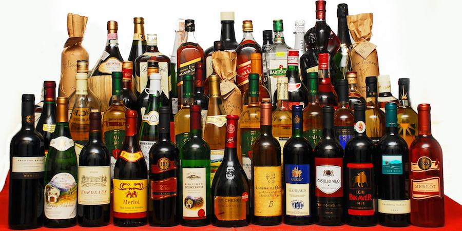 Алкоголь нарушает обмен жиров в организме и способствует развитию алкогольного панкреатита