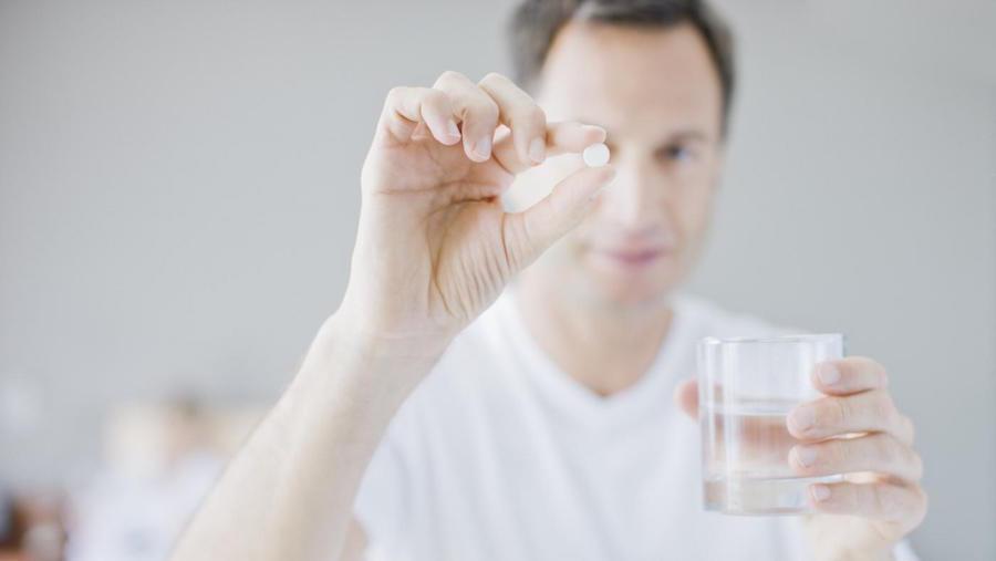 Прием антибиотиков - обязательный элемент консервативной терапии панкреатита