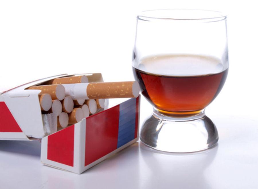 Алкоголь и курение - факторы риска развития реактивного панкреатита