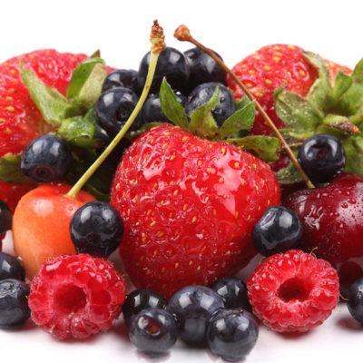 Черника, клубника, малина и другие ягоды при панкреатите